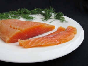Enjoy gravlax with ease